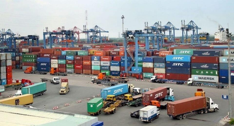 Hình ảnh bãi container xuất nhập khẩu