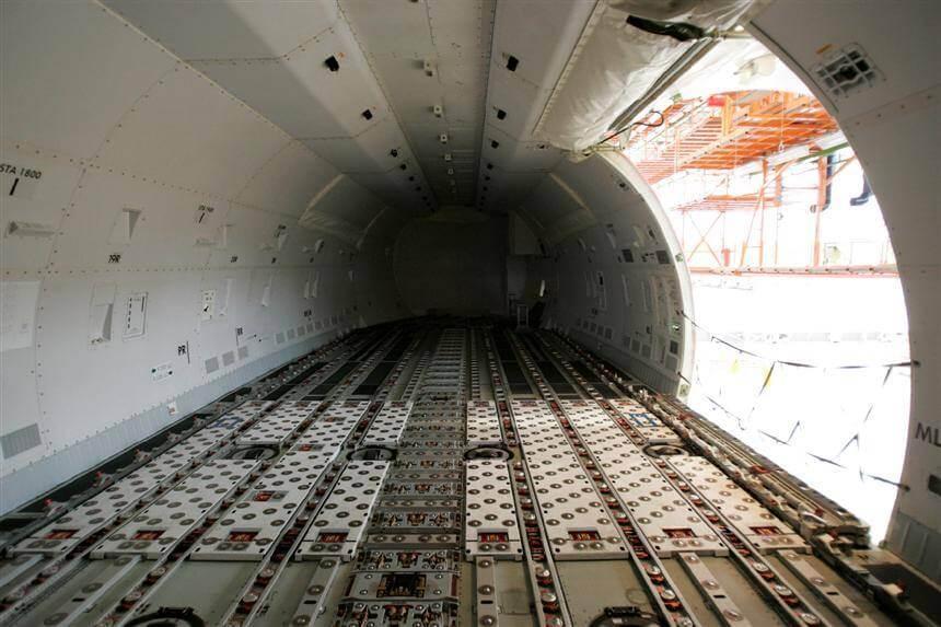 Khoang máy bay chuyên chở hàng hóa